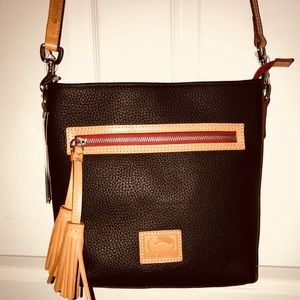 NWT Dooney & Bourke Lani Crossbody Black